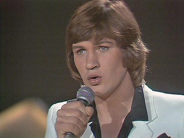 Johnny Logan con What's Another Year